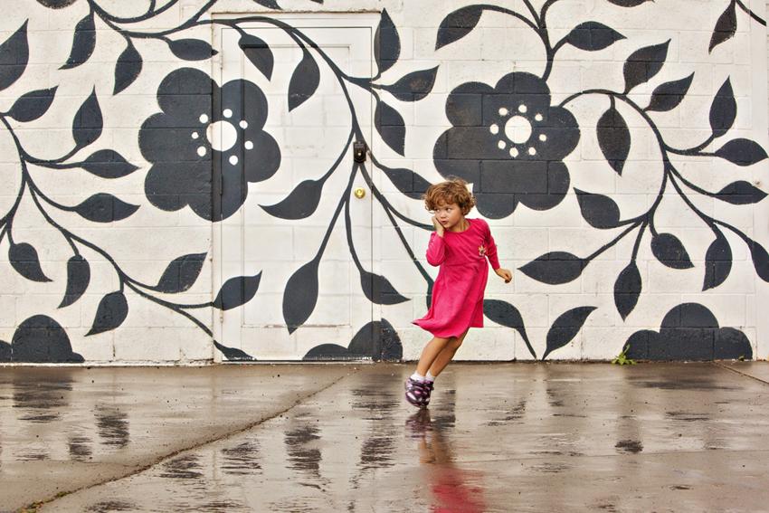 Kyra the Shirley Temple Doppelganger in Urban Denver © Marni Mattner Photography