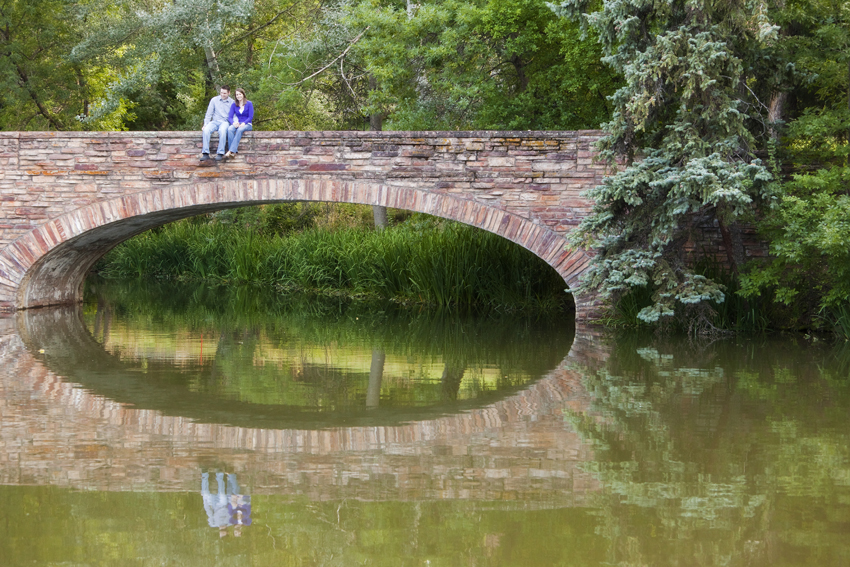 Engagement Photos on Varsity Lake Bridge, CU-Boulder Campus © Marni Mattner Photography