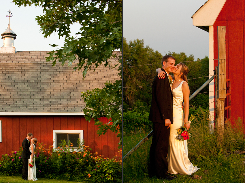 Michelle and Jon By The Vineyard's Barn © Marni Mattner