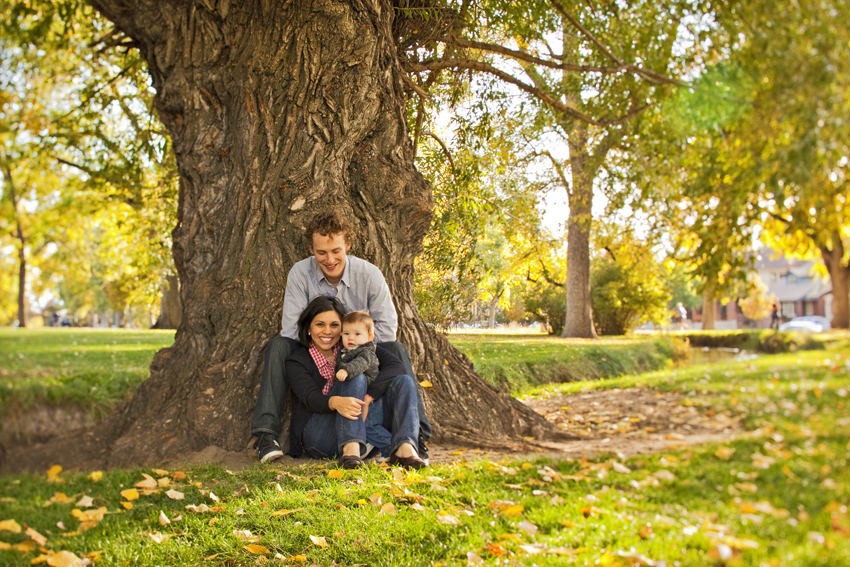 Jayme, Jeanne and Max under Washington Park Tree in Denver, CO © Marni Mattner Photography