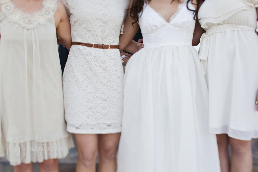 Bridesmaids and Bride at the Manor House in Littleton, CO © Marni Mattner Photography