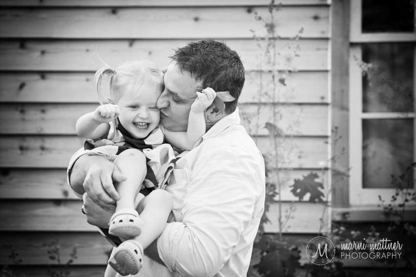 Isabelle and Will Goofing Around in Cottage Grove, MN Family Portraits © Marni Mattner Photography