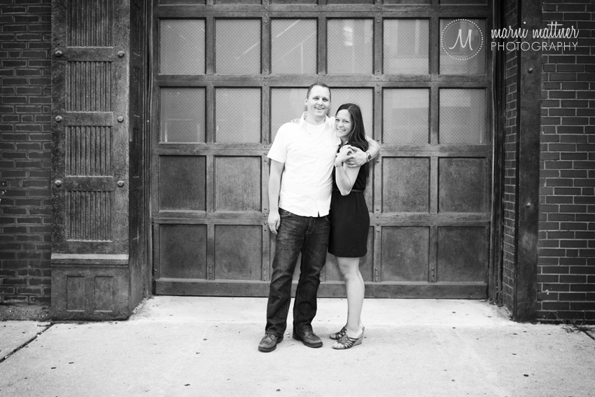 Jon &amp; Cheryl's Printer's Row Engagement Photos in Chicago, IL  Marni Mattner Photography