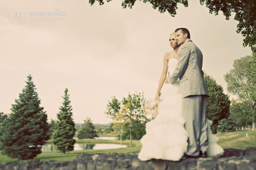 The Bride & Groom at Rolling Hills Country Club in Golden, CO © Marni Mattner Photography