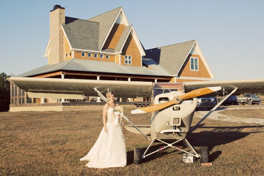 Kecia by Vintage Plane © Marni Mattner Photography