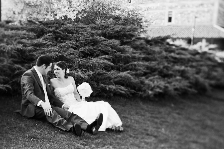 Joe and Jenae on CU-Boulder Campus © Marni Mattner Photography