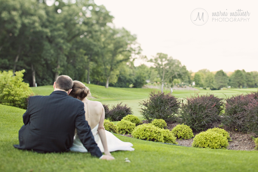 Bride & Groom on the Prestwick golf course for sunset wedding photos © Marni Mattner Photography